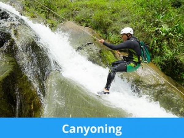 canyoning0B7CB438-C951-DC12-800F-41CD1DD9BD15.jpg